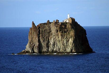 Ostrov, Který Probudil Sopky